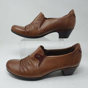 Cobb Hill Womens Adele Almond Loafer Shoes Brown C